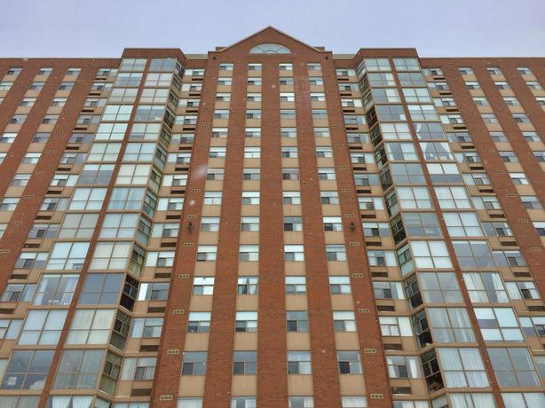 Beautifully renovated unit with a great view of the city!