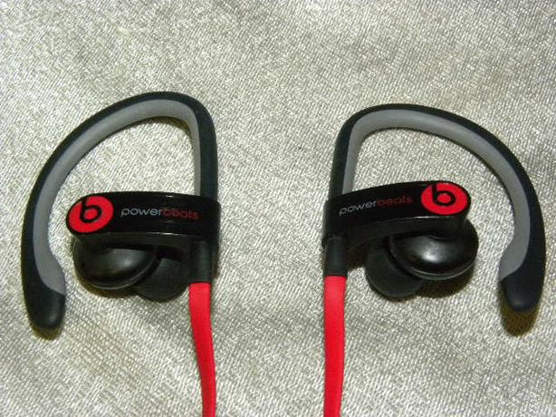 c6f8e9767a8 161097-17 Beats by Dre Powerbeats wired sports earbuds Victoria City ...