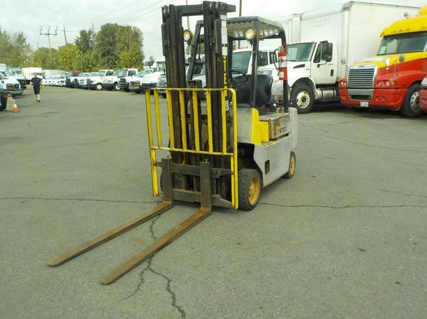 2000 Hyster S40XL Propane Powered 3 stage Forklift
