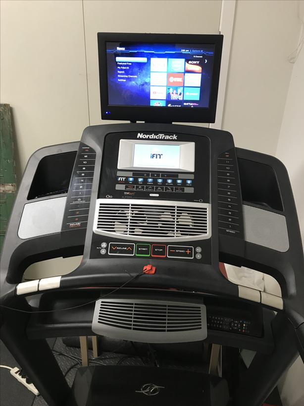 Nordictrack Treadmill W Tv And Internet Sooke Victoria