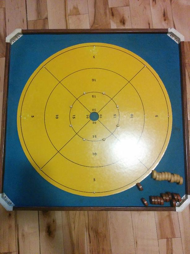1970s crokinole board