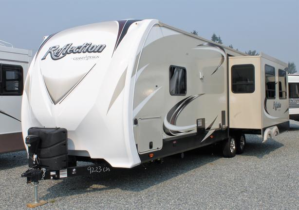 REDUCED - 2017 Grand Design Reflection 297RSTS Live-Aboard Trailer