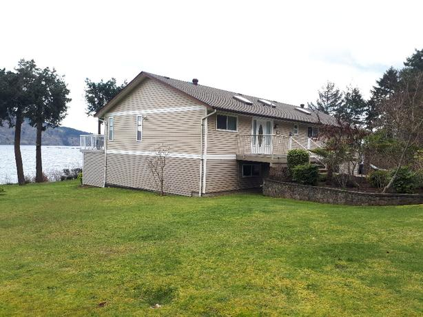 OPEN HOUSE SEPT 23 @11am Ocean front large 2 bedroom suite in Nanoose Bay