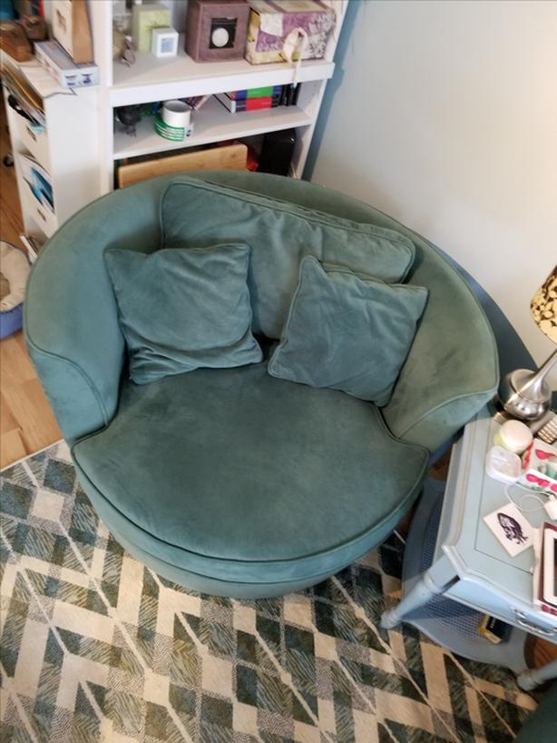Charmant Chair Turquoise Round Nest Chair