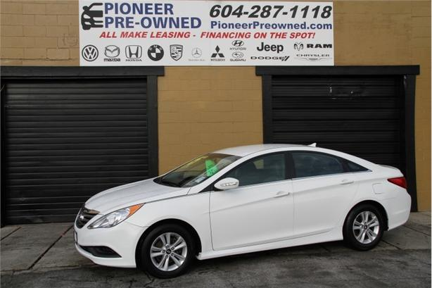 2014 Hyundai Sonata GL  Well Maintained, One Owner