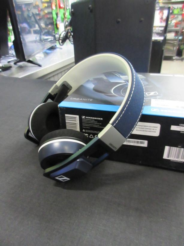 Sennheiser Headphones **Money Maxx**