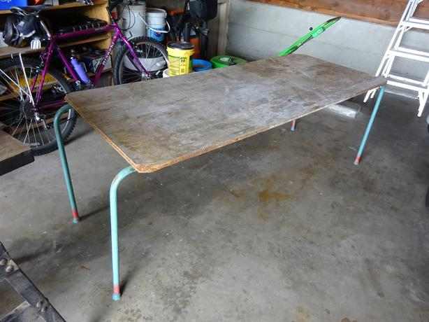 FREE work bench or craft table