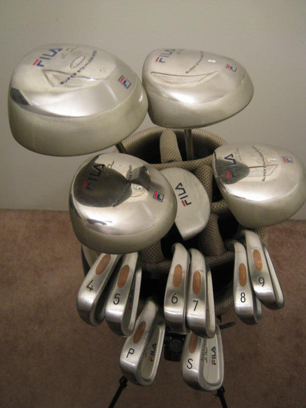 6934f69f6bf5 Ladies  39  complete 13-club golf set   34 PRICE SLASHED  34  Oak ...