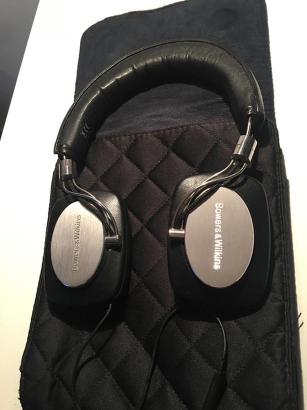 Bowers and Wilkins P5 Headphones