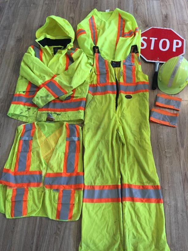 Traffic Control Person Gear (flagger)