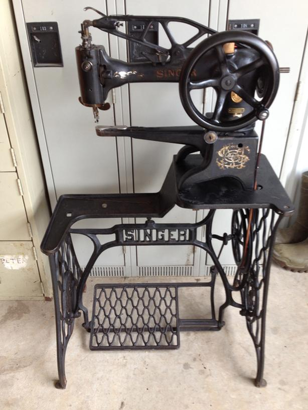 29K51 Singer Industrial Leather Cobbler Sewing Machine