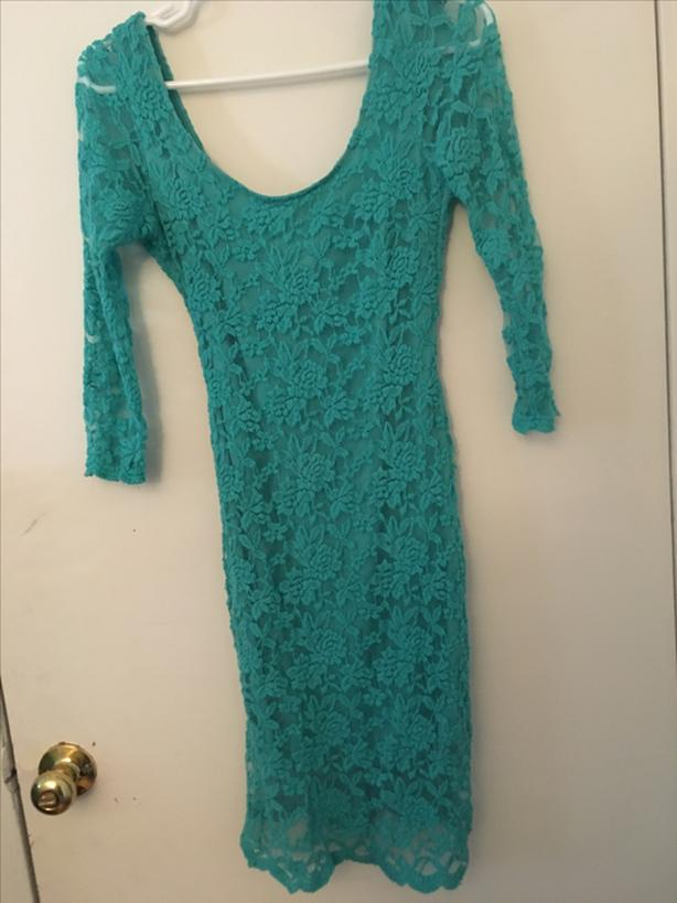 Turquoise lace scoop neck dress