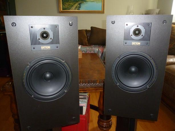 Celestion Ditton 130 Stereo Speakers -made in England