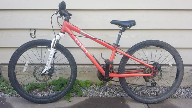Kids mountain bike - MEC Ace
