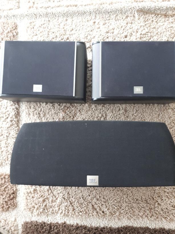 3 Jbl speakers