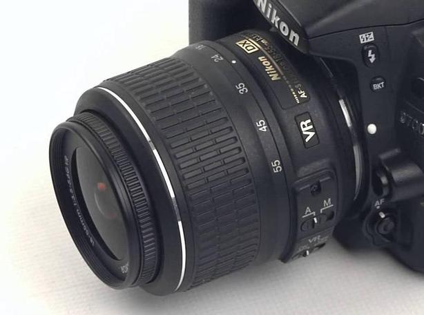 Nikon kit lens DX 18 -55mm VR (Like new)