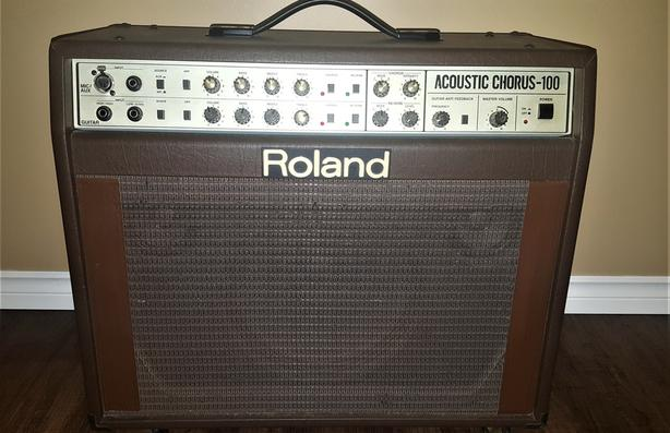 Roland 100 watts acoustic amp