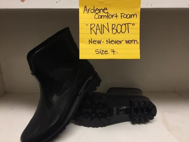 Rain half-boot