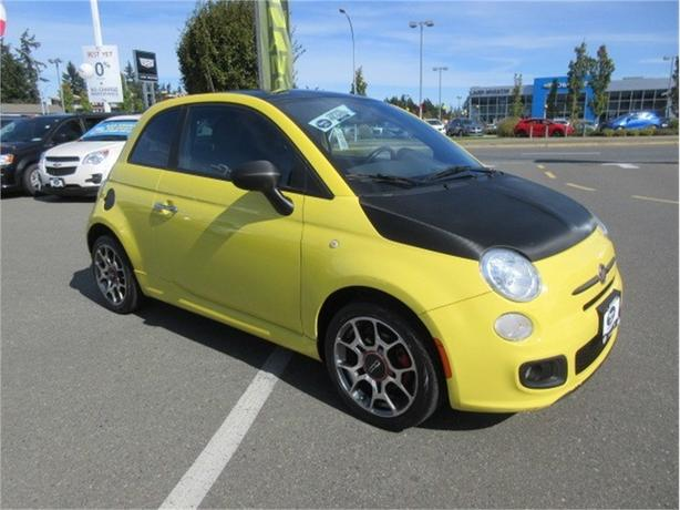 2012 FIAT 500 Sport Hatchback LOW KILOMETERS