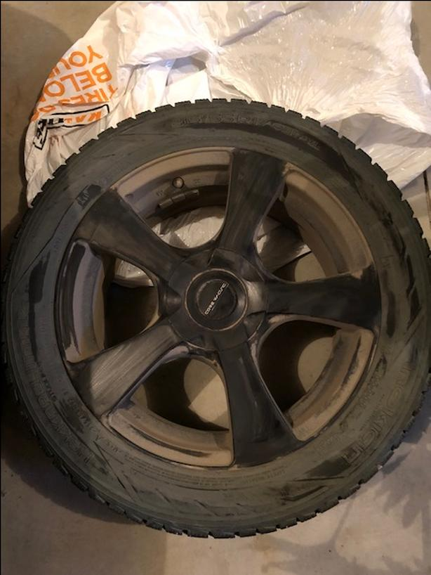 BMW 3 series winter tires with alloy rims East Regina, Regina