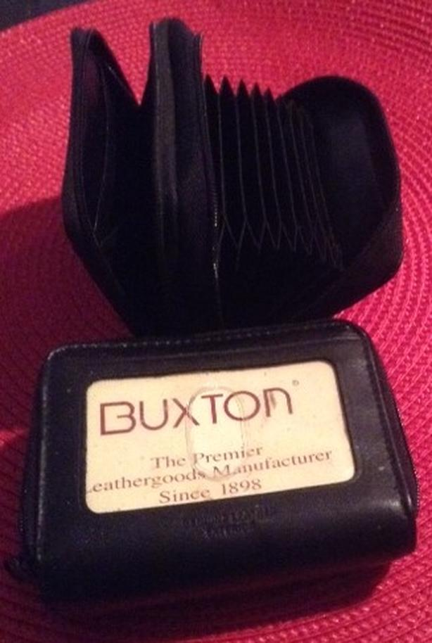 Buxton leather credit card wallet/ holder