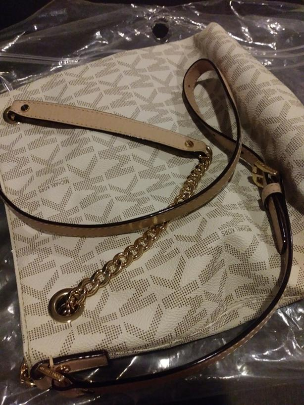 Michaels kors hand bag