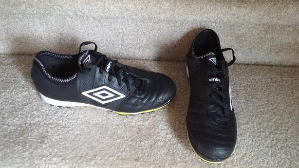 4d702f528 Umbro Turf Cleats Saanich, Victoria