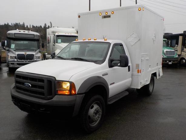 2005 Ford F-450 SD Regular Cab 2WD Cube Van with Workshop Diesel