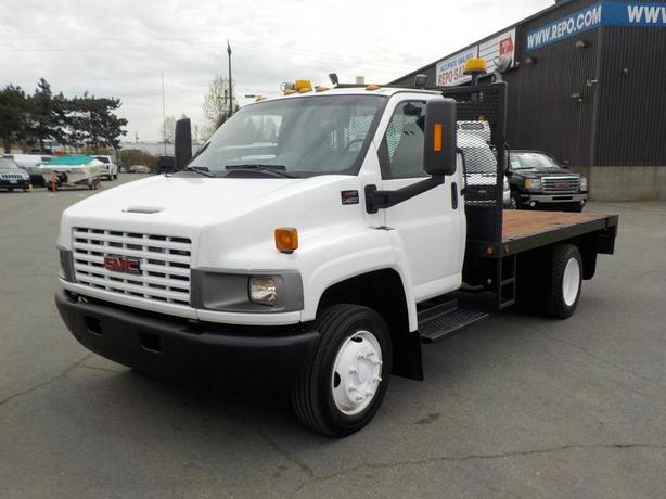 2007 GMC C4500 Regular Cab 11 Foot Dually Flat Deck