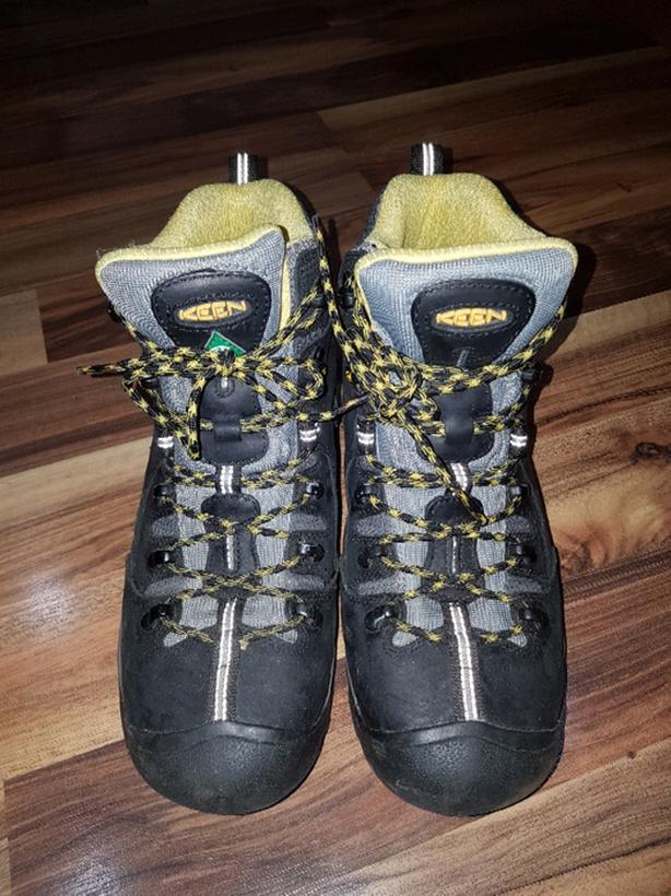 keen work boots size 9D