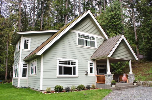 Escape The Snow-Vancouver Island Home Available for Short Term, Furnished Rental