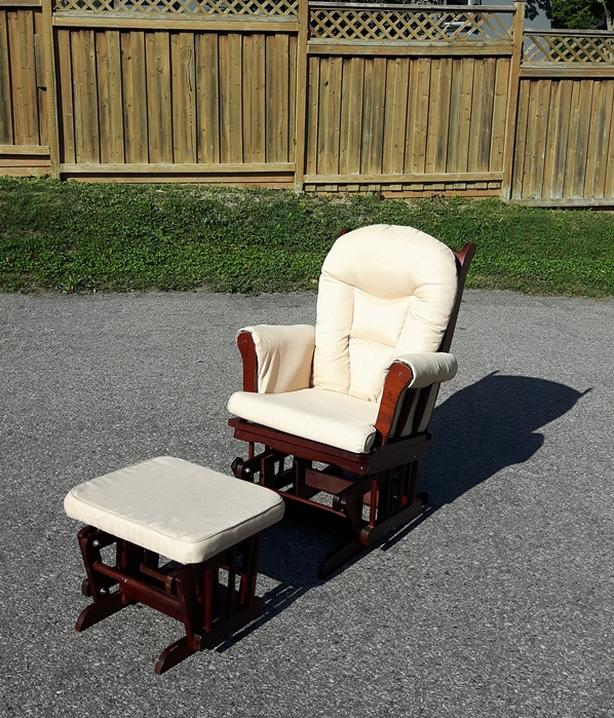 Glide3r with Ottoman
