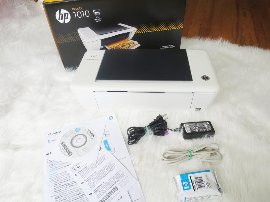 HP Deskjet 1010 Color Inkjet Printer + HP 61 Ink Cartridge