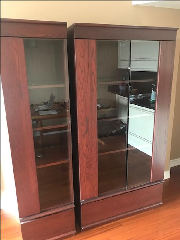 Mahogany Bookcase for Sale. From Mobilia