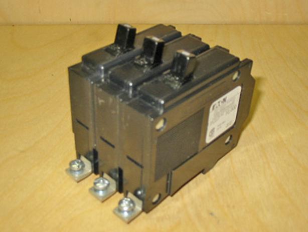 COMMANDER QBH 60 Amp, 3 Pole, 240 Vac Circuit Breaker (CEB/Sylvania) ~ Rare/New!