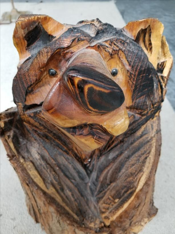 Chainsaw carved bear esquimalt view royal victoria
