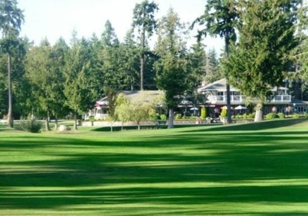 Arrowsmith golf passes with no restrictions