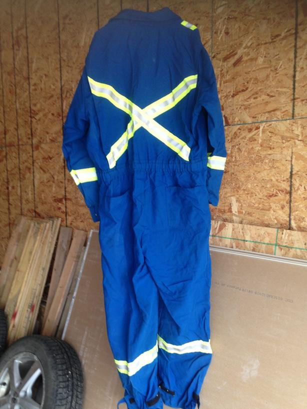 New coverall flame resistant size 46R