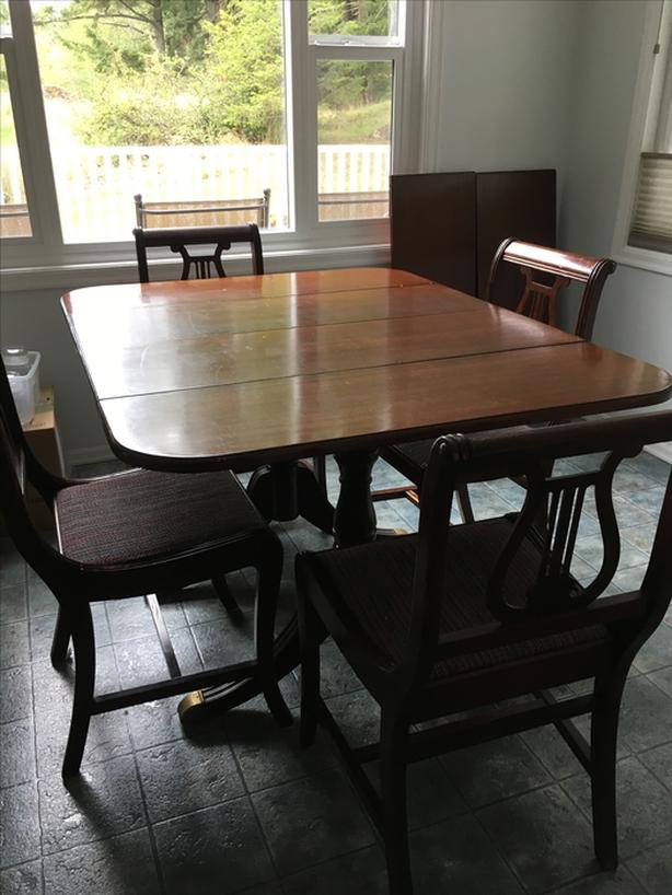 For Trade Sale Duncan Phyfe Dining Table And Chairs Saanich Victoria Mobile