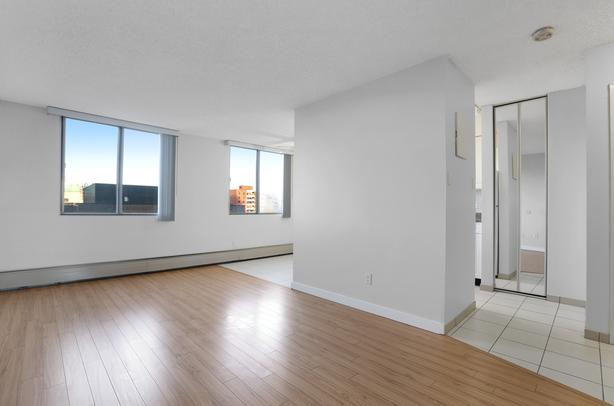Studio Calgary Rentals Downtown! SW Near C-Train! With Den & Gym!