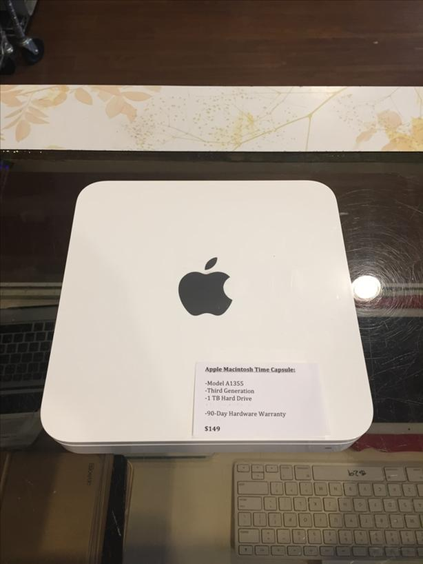 Apple Macintosh AirPort Time Capsule 3rd Generation 1 TB w/ Warranty!