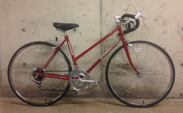 "Vintage Schwinn ""World"" Road Bike - 48cm Frame"