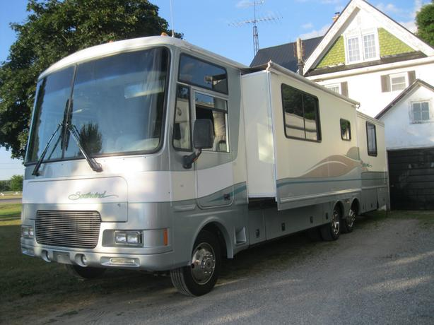 1999 Fleetwood Southwind 36ft RV w/2 Slideouts Certified - E-Tested