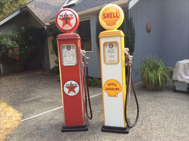 Decorative gas pump