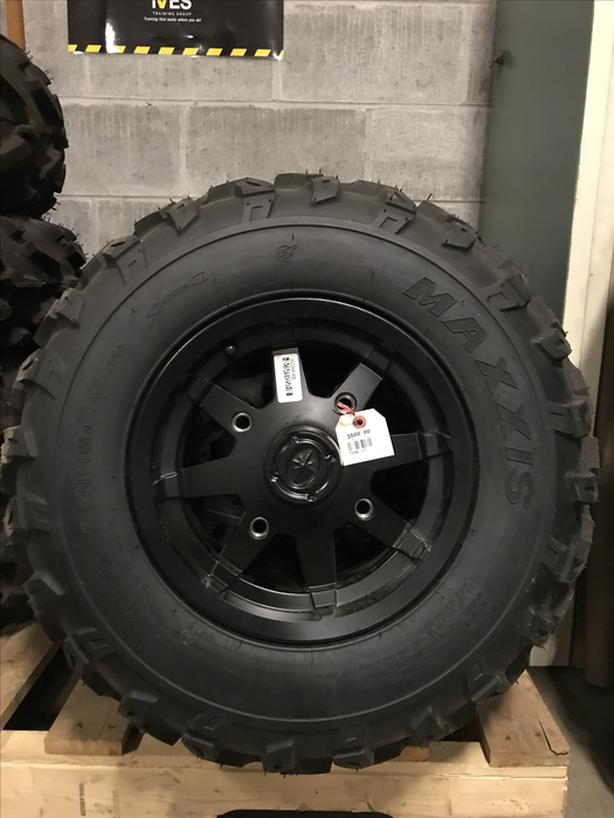 MAXXIS TIRE/RIM KIT