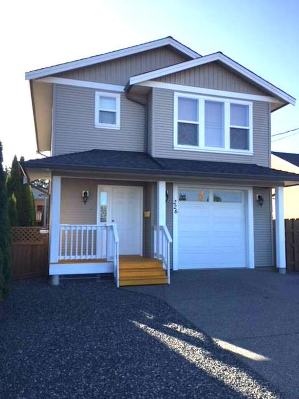 226 View St 3bed 2bath Available Now!
