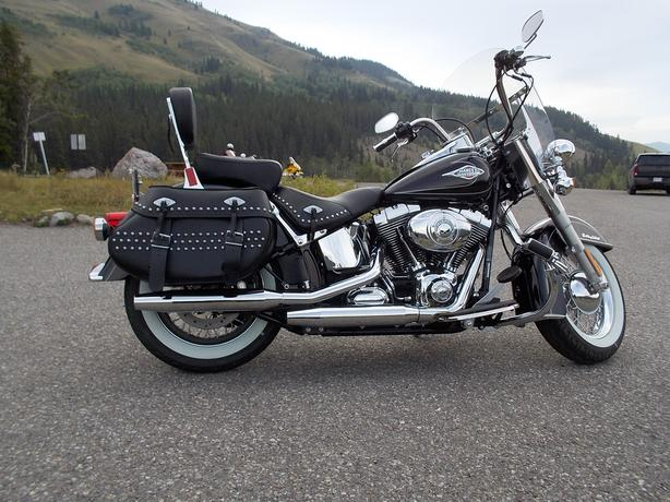 VIRTUALLY NEW HERITAGE SOFTAIL