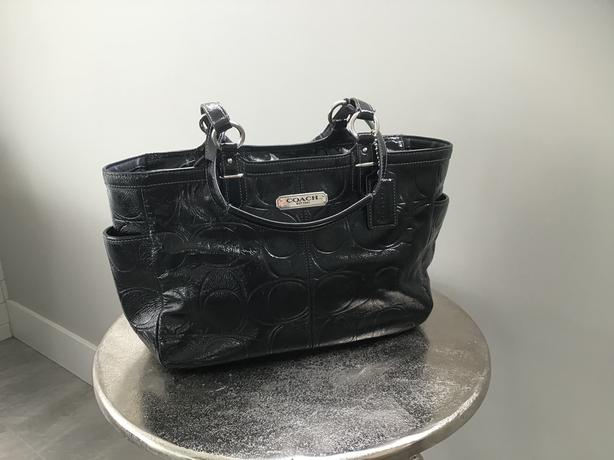 ec754f2201 Coach Gallery East West Black Embossed Patent Leather Tote Bag F19462 MSRP   358