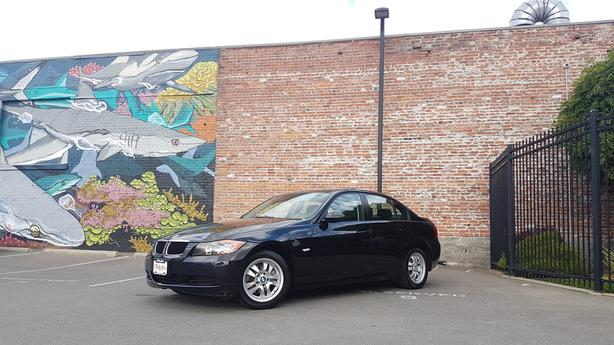 * 2007 BMW 323i - ONLY 88K - Auto - Leather - Sunroof