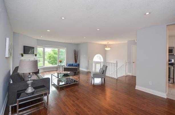 30 Braemore Road Brampton:  3 Bedroom Raised Bungalow
